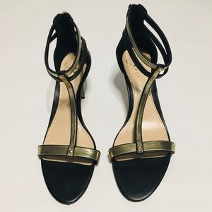 Vince Camuto  Heels Size 7.5